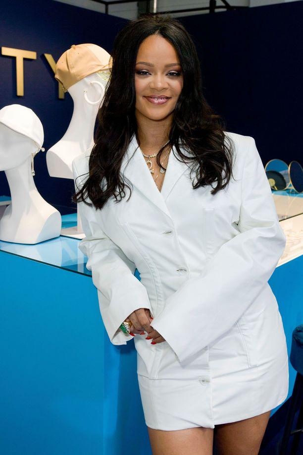 Rihanna tunnetaan muun muassa superhitistään Umbrella.