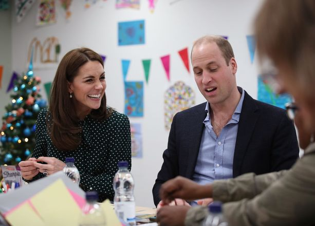 Katen ja Williamin ilmeet kertovat paljon.