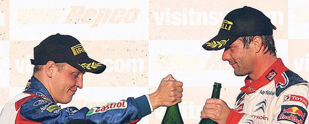 Mikko Hirvonen ja Sebastien Loeb kisaavat viikonloppuna maailmanmestaruudesta.
