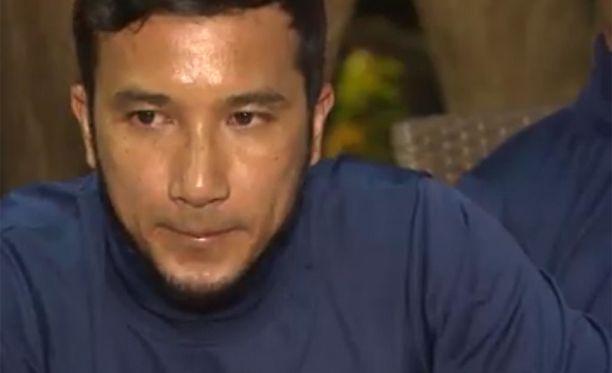 Narongsuk Keasubin mukaan luolassa näki vain puolen käsivarren mitan eteensä.