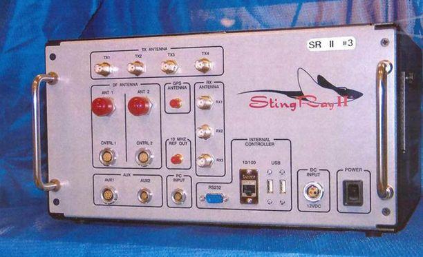 Stingray on tuotenimi, samanlaisia noin matkalaukun kokoisia kaappariasemia tekevät myös muut valmistajat.