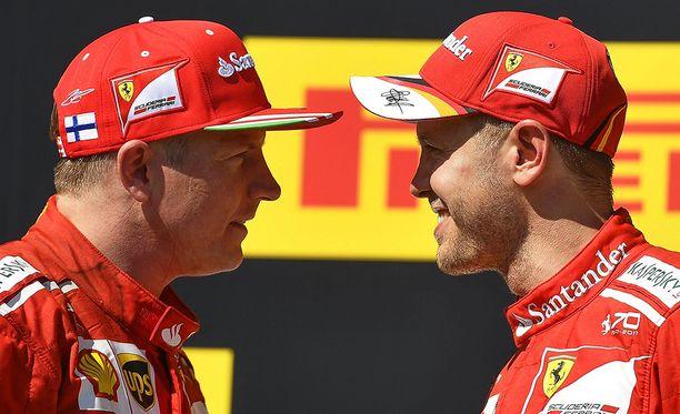 Kimi Räikkösen ja Sebastian Vettelin ajotyylejä ja aika-ajovauhteja pantiin vertailuun.