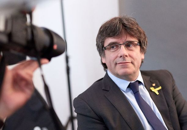 Katalonian maanpaossa oleva aluejohtaja Carles Puigdemont oleskelee parhaillaan Saksassa.
