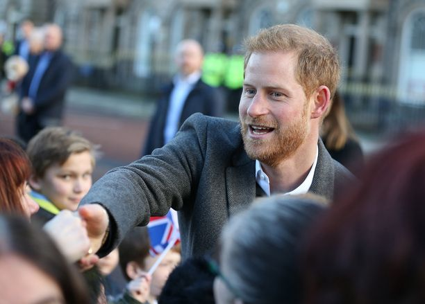 Periiköhän huhtikuussa syntyvä vauva Harryn punaisen tukan?
