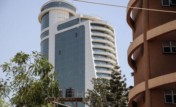 Suomalainen liikemies kuoli epäselvissä olosuhteissa Ugandan pääkaupungissa Kampalassa 6. helmikuuta. Kuvassa korkeatasoinen Pearl of Africa -hotelli, jonka huoneesta suomalaismies löytyi kuolleena.