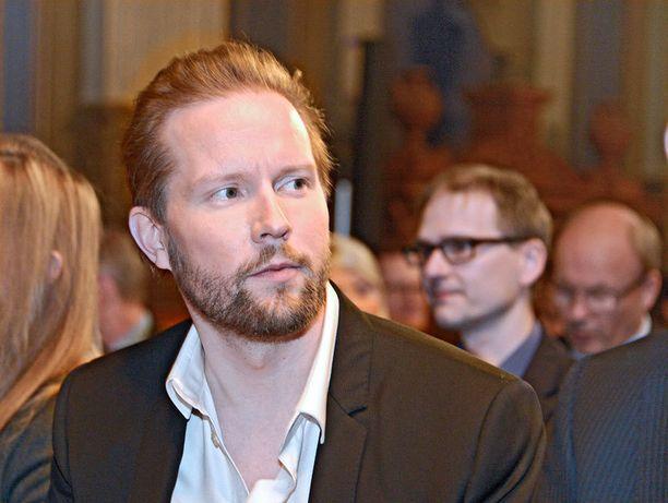 Pekka Himanen sai jälleen yhden arvostelijan.
