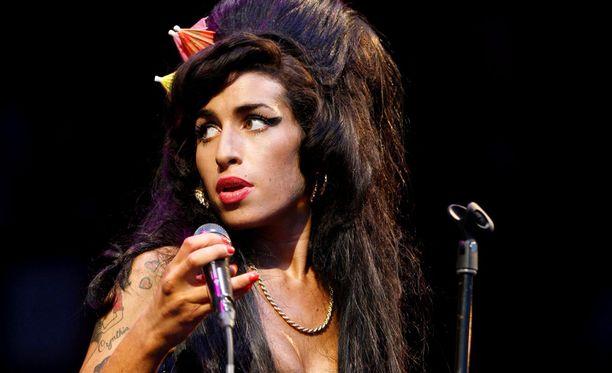 Amy Winehouse kuoli monen muun rock-suuruuden tavoin 27-vuotiaana.
