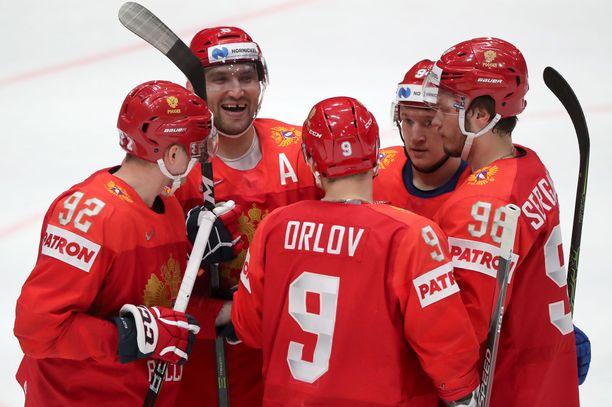 Aleksandr Ovetshkin teki Venäjän neljännen maalin.