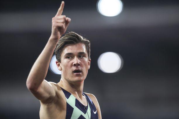 Jakob Ingebrigtsen on 1 500 metrin juoksun Euroopan ennätysmies.