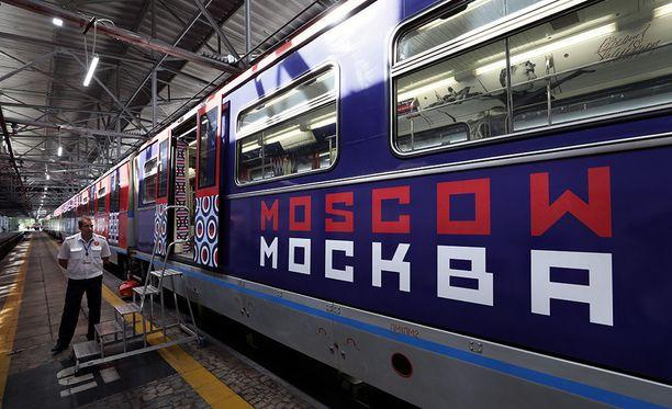 Viime aikoina Venäjän pääkaupunkiseudulla on yleistynyt niin sanottu train surfing -ilmiö. Kuvituskuva.