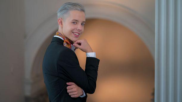 Suuri yleisö tuntee Tuure Boeliuksen Tanssii tähtien kanssa -ohjelmasta.