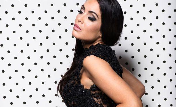 Jessica Ruokola on Portugalin Playboy-lehden ensimmäinen ulkomaalainen Playmate.