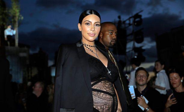 Kim ja Kanye ottivat osaa New Yorkin muotiviikoille syyskuun puolivälissä.