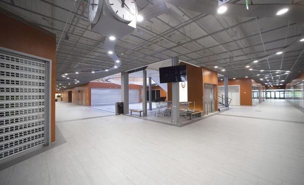 Lappeenrannan Family Centerissä on paljon tiloja tyhjillään, eikä asiakkaita ole riittävästi.