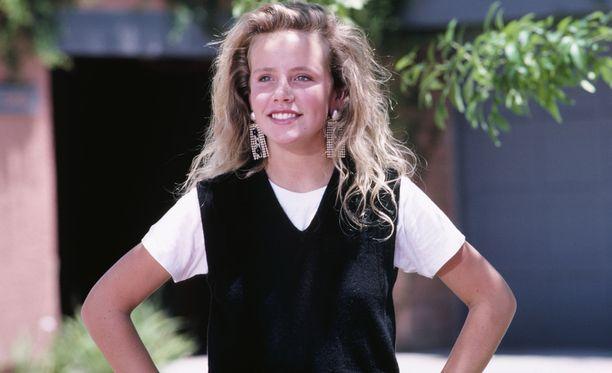 Amanda Peterson näytteli päähenkilö Cindy Mancinia komediaelokuvassa Can't Buy Me Love.
