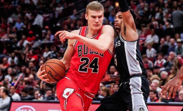 Lauri Markkanen on aloittanut NBA:ssa rohkeasti.
