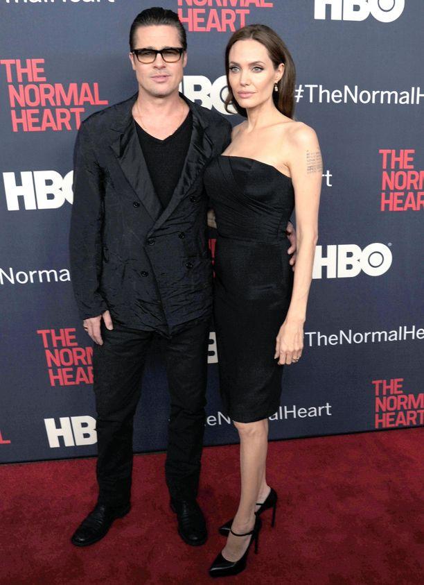 Angelina Jolie jätti avioerohakemuksen Brad Pittistä reilut kaksi vuotta sitten.