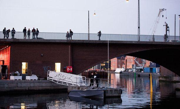 Kööpenhaminan satamassa sattui lauantaina vakava onnettomuus.
