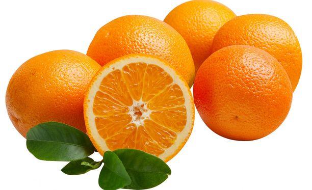 Appelsiineista saat hyvin C-vitaaminia, joka voi myös helpottaa allergikon oloa.