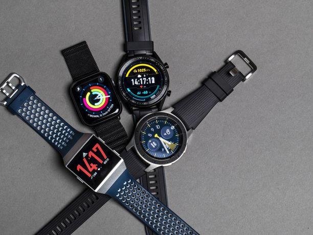 Kaikki kellot mittaavat esimerkiksi matkaa gps:llä ja sykettä optisesti ilman sykevyötä.