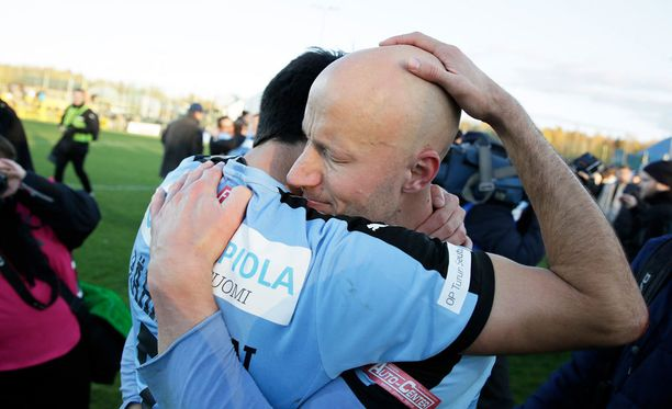 TPS:n Mikko Hyyrynen (oik.) ja Sami Rähmönen pelasivat viimeisen kerran yhdessä.