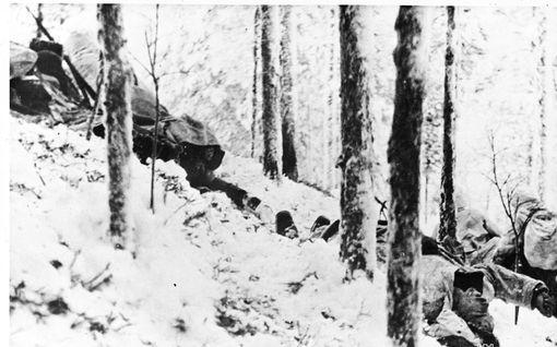 """Voimakastahtoinen eversti vei läpi """"järjenvastaisen suunnitelman"""" – Näin alkoi talvisodan ihme"""