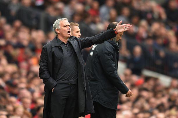 José Mourinho joutui pettymään Manchester Unitedin jäädessä 1-1-taspeliin Wolvesin kanssa.