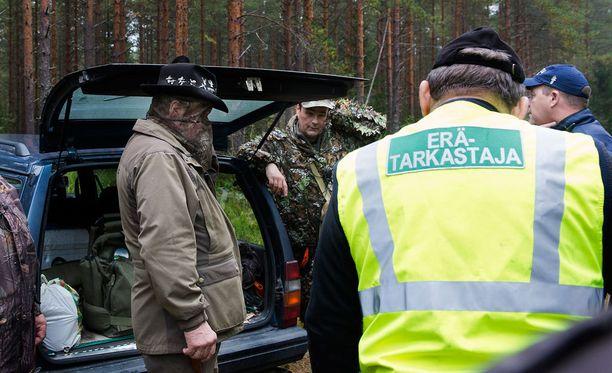 Myöhään lauantaina tapahtui metsästysonnettomuus Oulussa. Kuvituskuva.