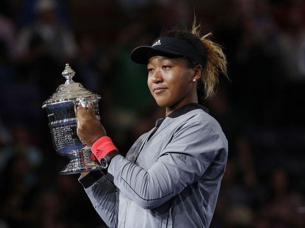 Japanilainen Naomi Osaka voitti Yhdysvaltain avoimen tennisturnauksen naisten kaksinpelin lukemin 6-2, 6-4.
