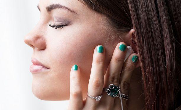 Musiikki voi myös tutkimusten mukaan osaltaan auttaa meitä tunteiden hallinnassa.