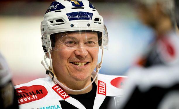 Petteri Nummelin jatkaa uraansa TuTossa.