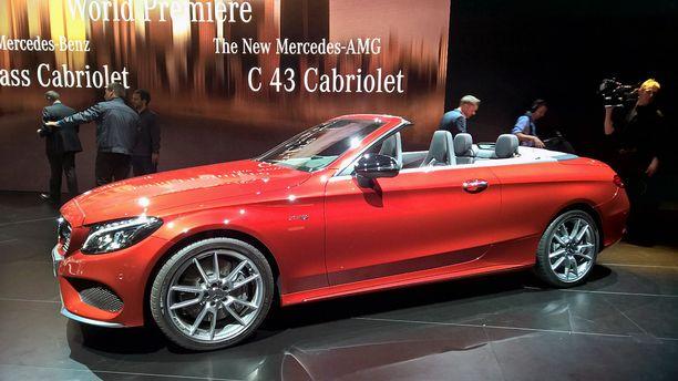 Auton saa myös Mercedes-AMG:nä, kuvassa punainen.