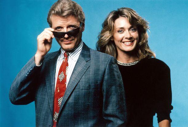 Moukarimiehen päätähdet, David Rasche ja Anne-Marie Martin.