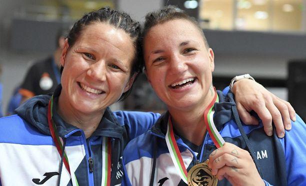 Mira Potkonen ja Elina Gustafsson - Euroopan mestarit.