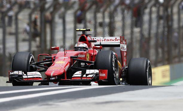 Kimi Räikkönen sai vähän armoa italialaislehdeltä.