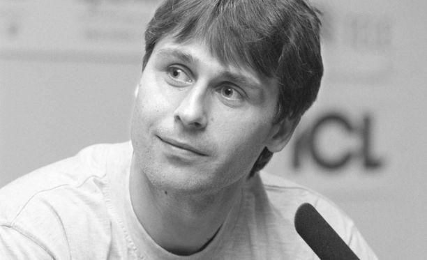 Jan Zelezny vuonna 1997. Mikä oli hänen hurja ennätystuloksensa edellisvuonna?