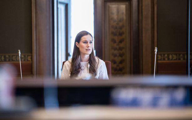 Hallitus neuvotteli Säätytalolla myöhään sunnuntaina pääministeri Sanna Marinin johdolla.