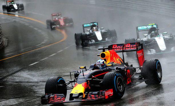 Daniel Ricciardo menetti paljon aikaa tallin hölmöilyn takia.