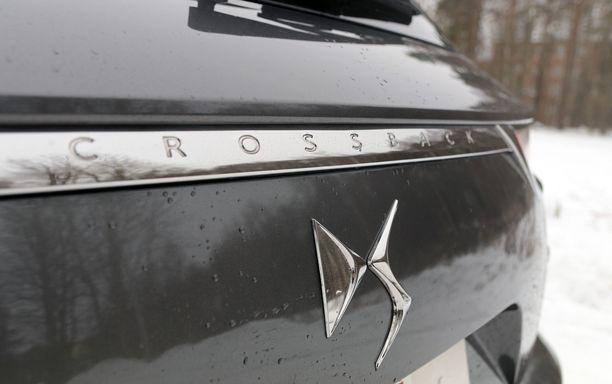 Citroënista itsenäistyneen DS:n tunnus on tämä.