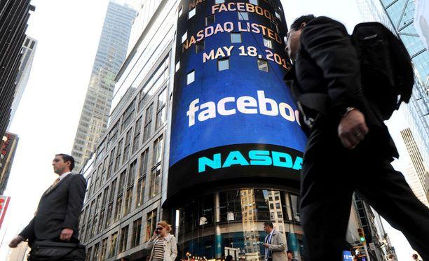 Facebook julkaisi ensimmäisen osavuosikatsauksensa pörssiin listautumisen jälkeen.