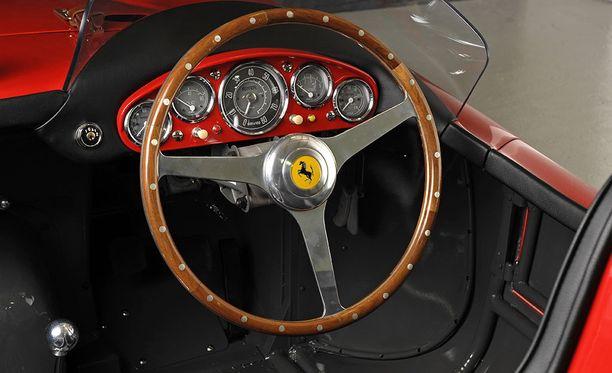 Kimi Räikkösen Ferrari 750 Monza vuodelta 1956.