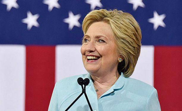 Clintonin ehdokkuus virallistettiin demokraattien puoluekokouksessa Philadelphiassa.