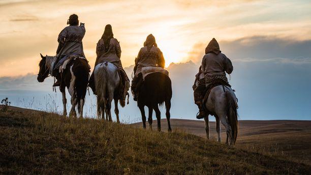 Hevosen ja ihmisen suhde on pitkä.