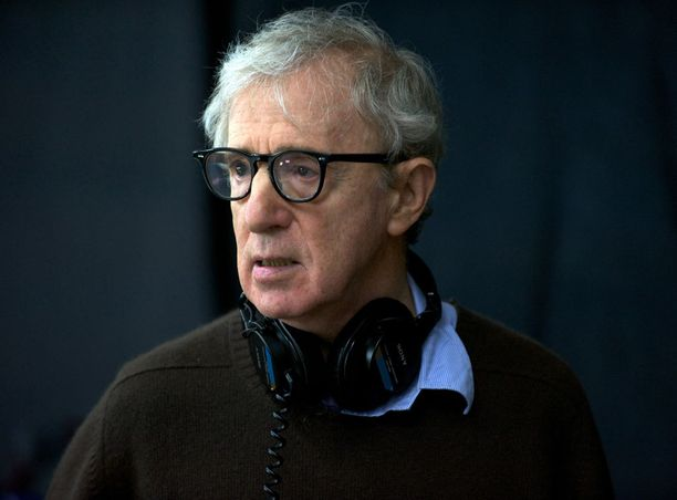 Woody Allenin omintakeinen ja varsin niukkasanainen ohjaustyyli on puhuttanut aiemminkin.
