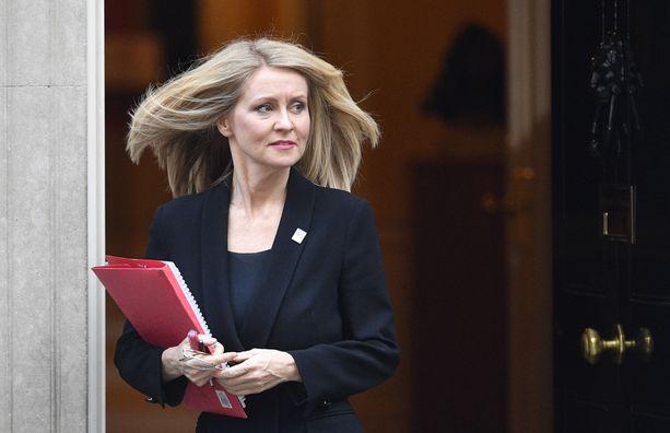 Torstain kolmas ministerin postilta eronnut oli työ- ja eläkeministeri Esther McVey.