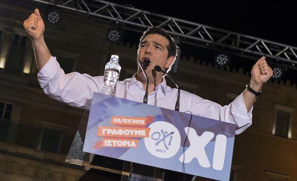 Kreikan pääministeri Alexis Tsiprasin huhutaan joutuneen paniikkikohtausten takia sairaalaan.