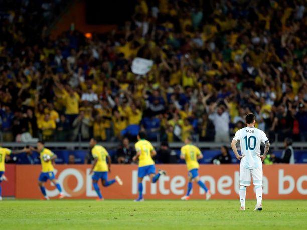Jälleen yksi arvokisapettymys Messille ja Argentiinalle, kun Brasilia käynnisti omat juhlansa Copa American välierissä.