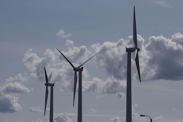 Tuulivoimapuistot ovat vastatuulessa Itä-Suomessa, uutisoi Maaseudun Tulevaisuus.