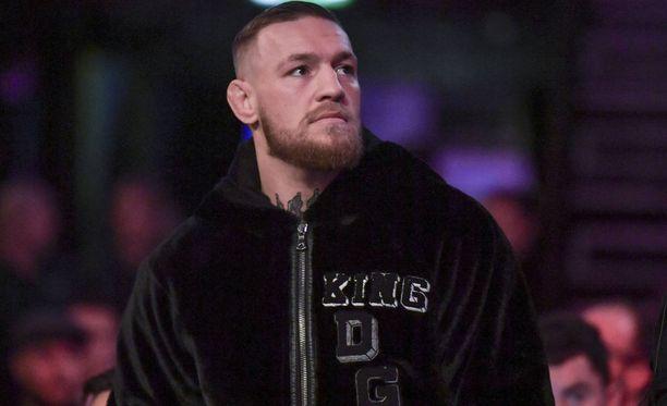 Asiantuntijan mukaan Conor McGregorin ura voi päättyä jo ensi lokakuussa.