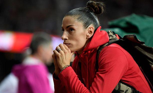 Ivana Spanovic jäi pituushypyn MM-finaalissa neljänneksi. Mitalituloksen ylittänyt, viimeinen hyppy meni pilalle numerolapun takia.